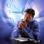 Как производится учет рабочего времени работников?