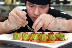 Подбор сотрудников для доставки японской кухни