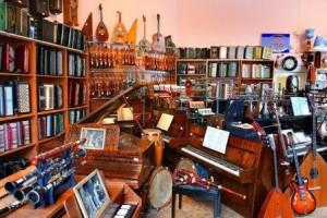 Продажа подержанных вещей: как открыть комиссионный магазин?