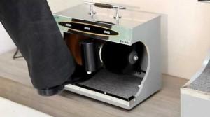 Как работает автомат для чистки обуви?